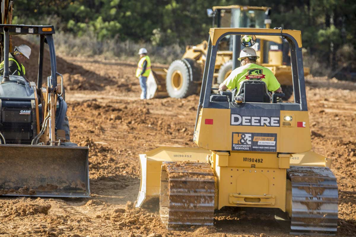 Why Choose a Career in Heavy Equipment?